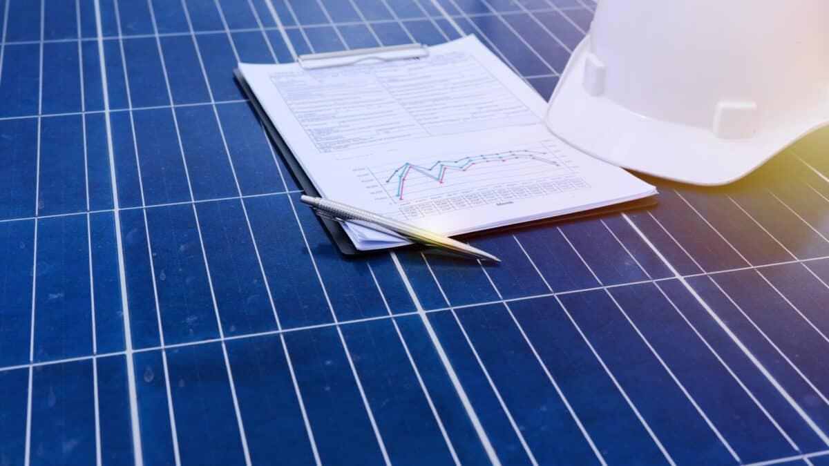 Sprzedaż energii do sieci dzięki fotowoltaice. Jak to działa?